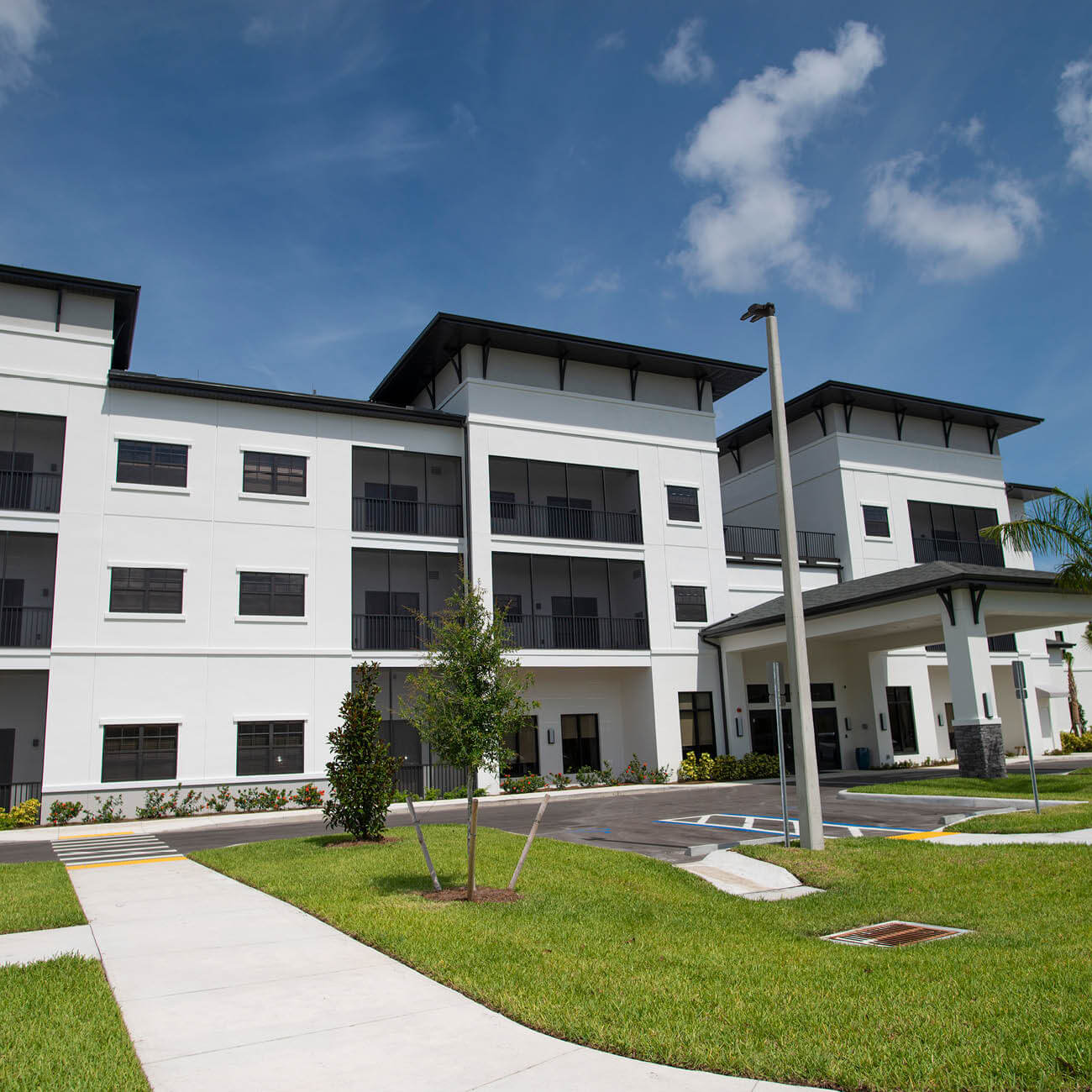 Exterior view Highpoint at Cape Coral